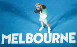 호주오픈은 역시 조코비치…3년 연속 우승