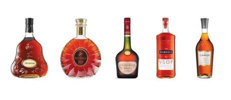 5대 코냑 회사의 코냑. 헤네시(Hennessy) XO, 레미 마르탱(Remy Martin) XO, 쿠르부아지에(Courvoisier) 나폴레옹, 마르텔(Martell) V.S.O.P., 카뮈(Camus) V.S.                  <각 사 홈페이지 캡처>