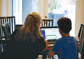 재택근무, 원격수업이 필요하다면 주택 구입 전 인터넷 상태를 반드시 점검해야 한다.       <로이터>