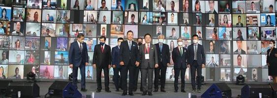 전 세계에서 1,000여명의 한인 경제인들이 온·오프라인으로 참가한 세계한인경제인대회가 371만달러 규모의 수출계약성과를 내고 폐막했다. [월드옥타 제공]