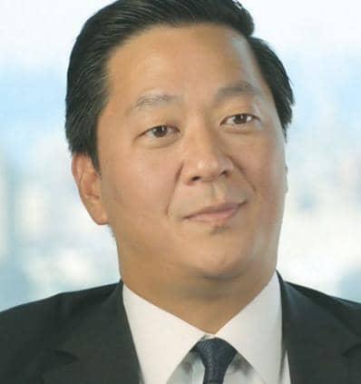 세계최대 사모펀드 KKR 수장에 한국계 조셉 배